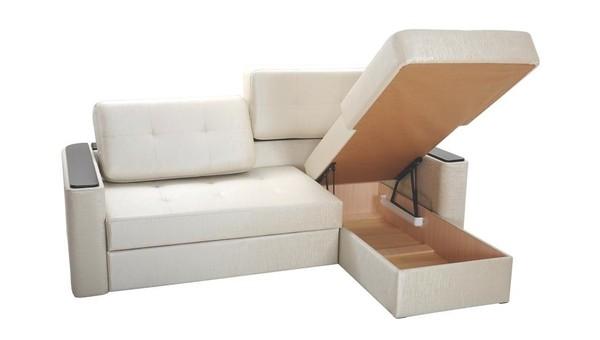 диваны и кресла тут маленькие угловые диваны